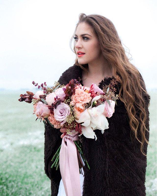 Winter is coming, they said. Storm of the century, they said. Stock up on supplies, they said. #sarahrenardfloral #feedlove⠀ Photographer: @mylynwoodphoto⠀ Model: @ms_model_heidi⠀ Flowers: @sarahrenardfloral⠀ .⠀ .⠀ .⠀ .⠀ .⠀ #portlandflorist #oregonflorist #portlandflowers #portlandweddingflowers #oregonflowers #oregonweddingflowers #portlandbride #oregonbride #pnwbride #oregonweddingflorist #portlandweddingflorist #bridalstyle #weddinginspiration #portlandwedding #oregonwedding #weddingflowers #nwweddings #fineartoregonweddings #tuesdaystogetherpdx #1001weddings #helloperfete #cascadeweddings #winsomerosejournal #artfullywed #portlandweddingstyling⠀ ⠀ ⠀