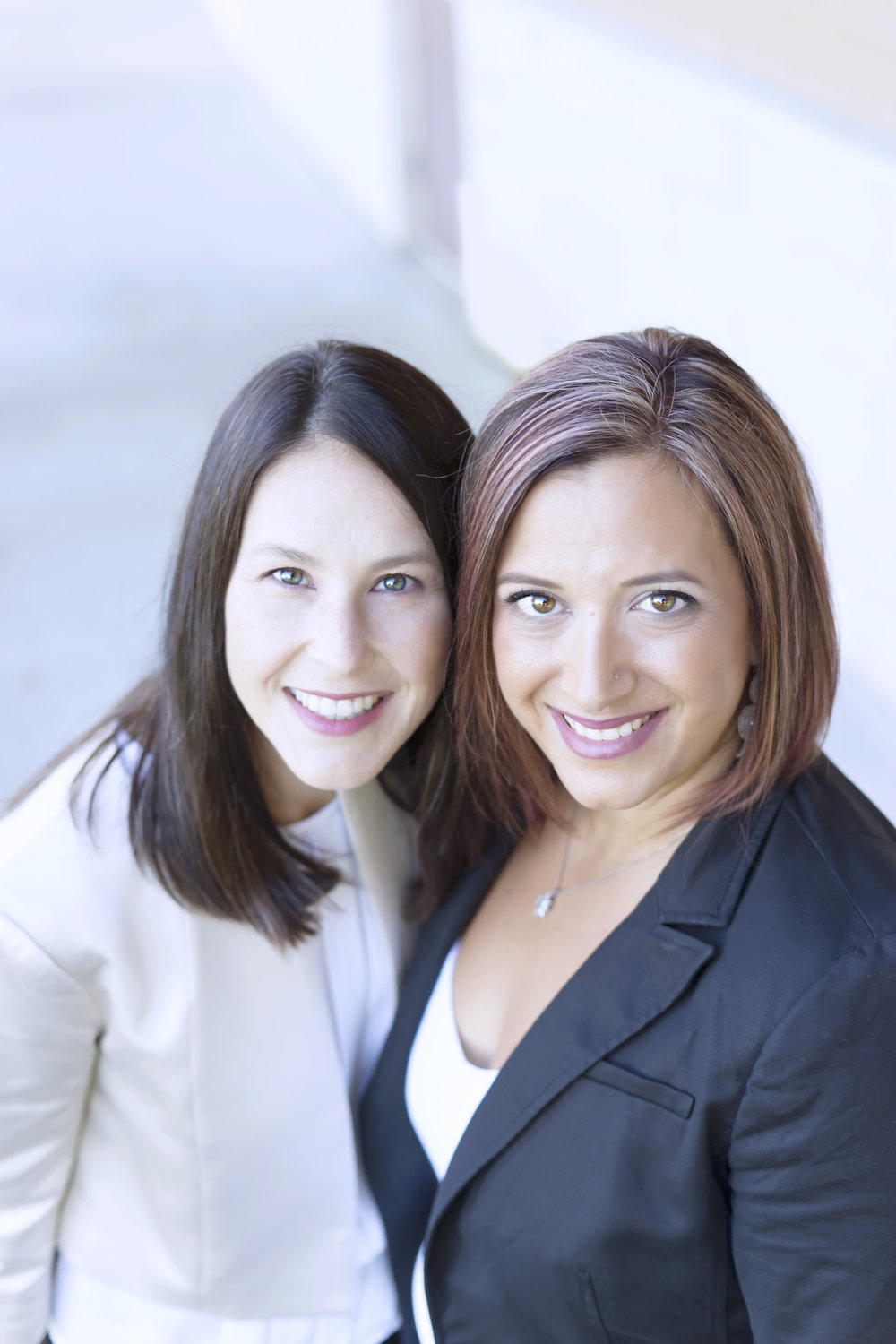 Useful insights for successful B2B marketing by B2B marketing specialists Liz Teodorini (left) and Tania Stadnik.