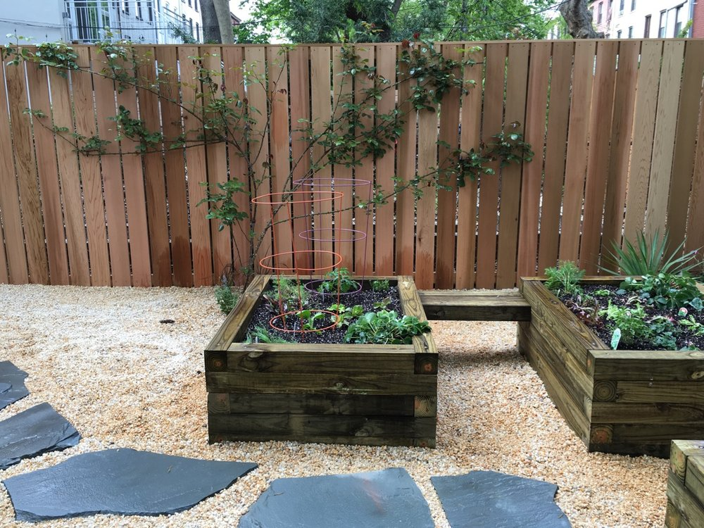 custom-planters-fence-st-james2-by-edible-petals-brooklyn.jpg