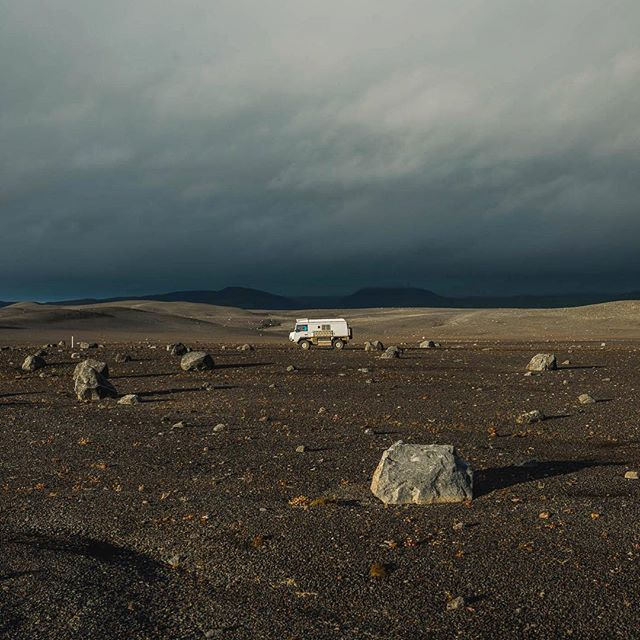 TO THE MOON AND BACK // discovering icelands moon-landscape with this offroad beast