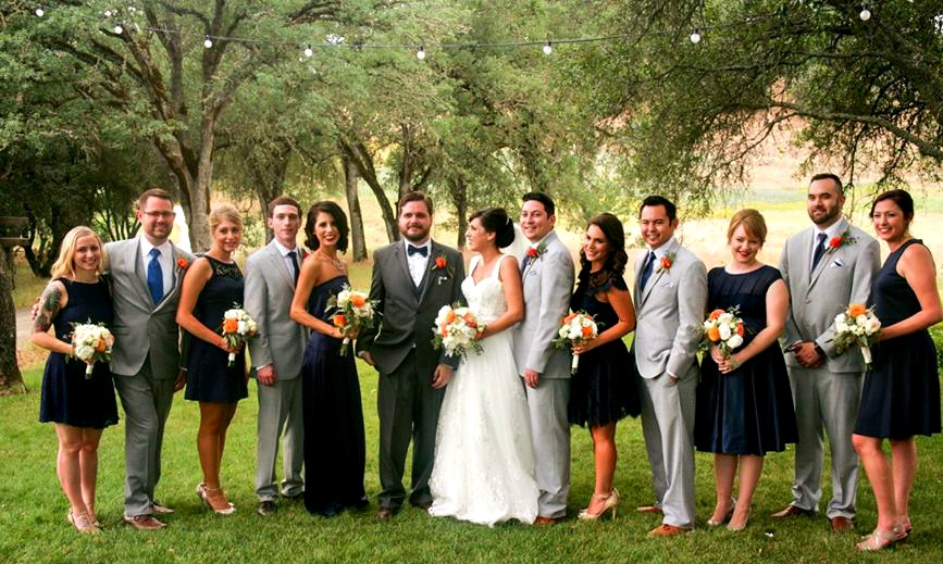 vinyard-wedding-group-photo.jpg