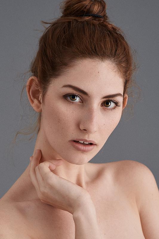 Portrait-Effy-Web.jpg