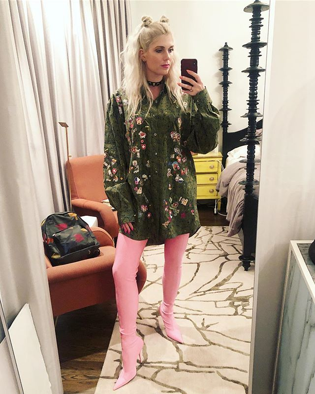 "@balenciaga please, next time, include a parental instruction manual to address the ""Momma are those shoes or pants??"" confusion.  Thanks a bunch. XOXOJules"