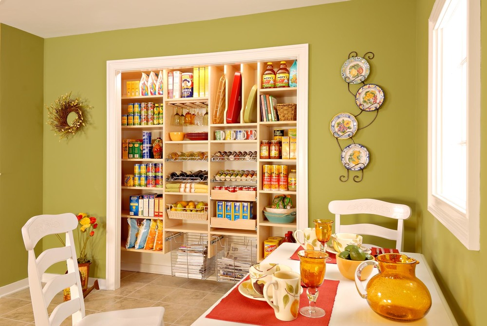 Maple Pantry Small