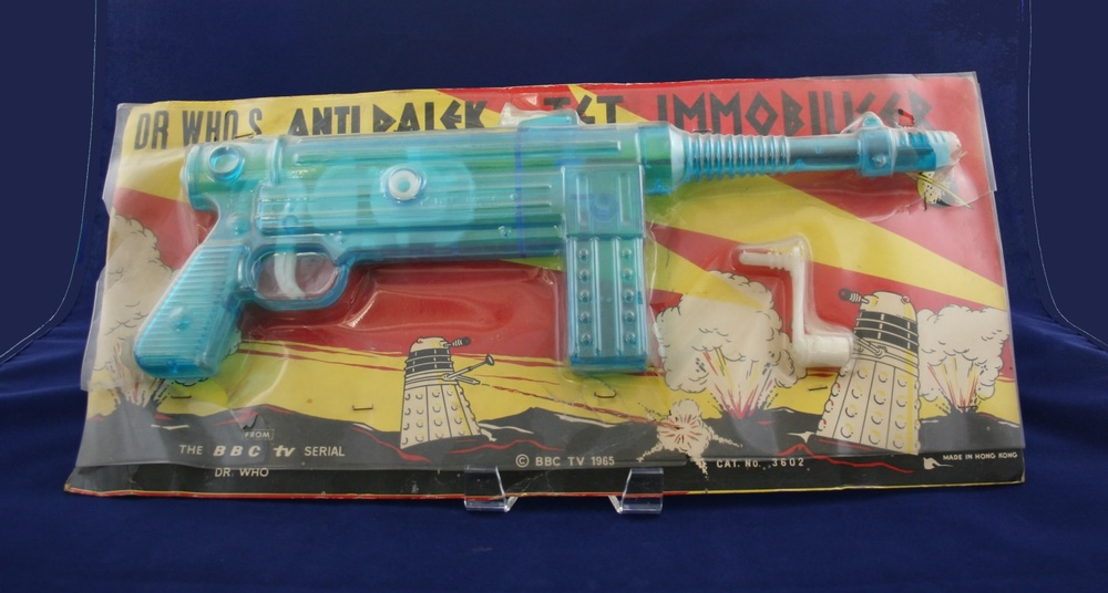 Lincoln International Ltd., Dr. Who's Anti-Dalek Jet Immobiliser (right-hand carded version)
