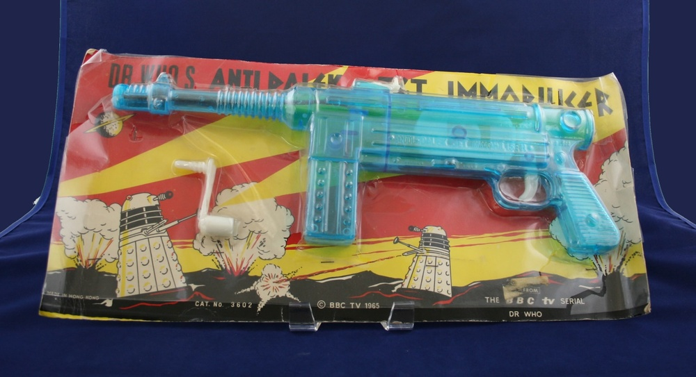Lincoln International Ltd., Dr. Who's Anti-Dalek Jet Immobiliser (left-hand carded version)