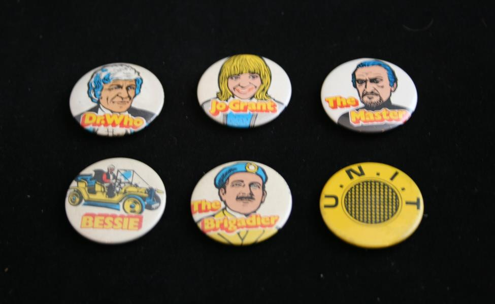 Kellog's Sugar Smacks, set of 6 promotional badges