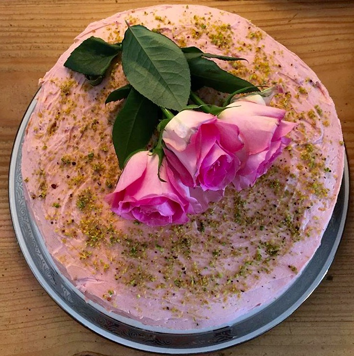 Pistatchio rose and orange cake.jpg