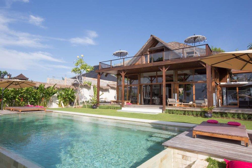 Bali villa and pool.jpg