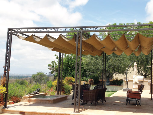 KING AWNINGS: Free Standing Covers
