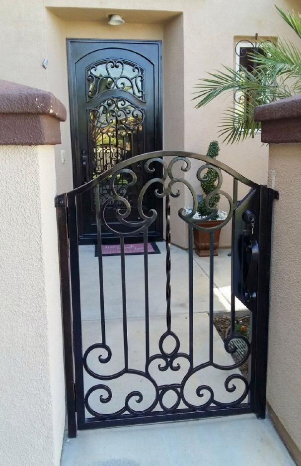 DIAMOND CUSTOM IRON DOORS