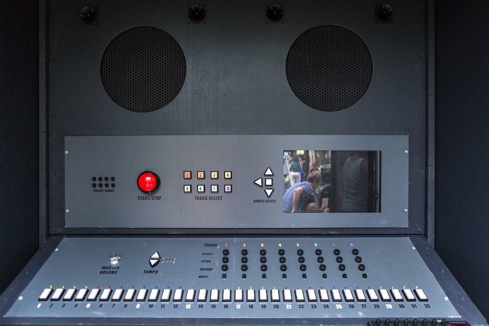 Sample Philly   Kara Crombie  Born in 1975 • American • Based in Philadelphia Digital audio archive, interactive electronic console, speakers, wood, and metal housing structure Franklin Square   Photo: Steve Weinik/Mural Arts Philadelphia