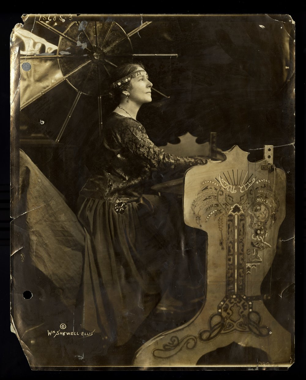 Publicity photo of Greenewalt with the sarabet. Historical Society of Pennsylvania.