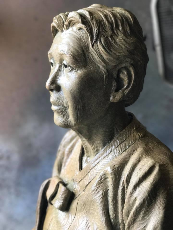 Detail of Kim Hak Soon's portrait. (Steven Whyte, 2017)
