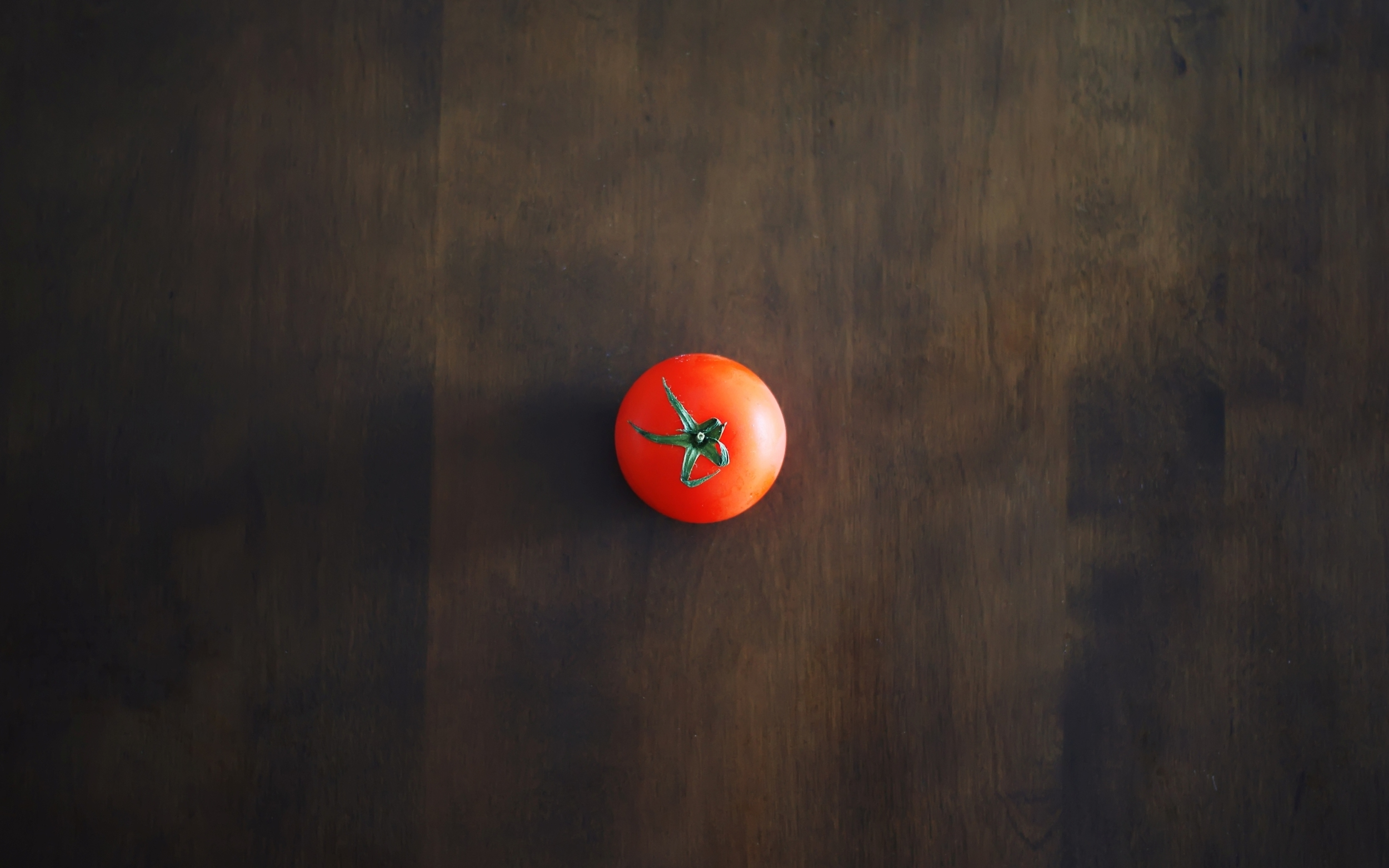 minimalism-table-red-tomato-shadow-background-wallpaper-1