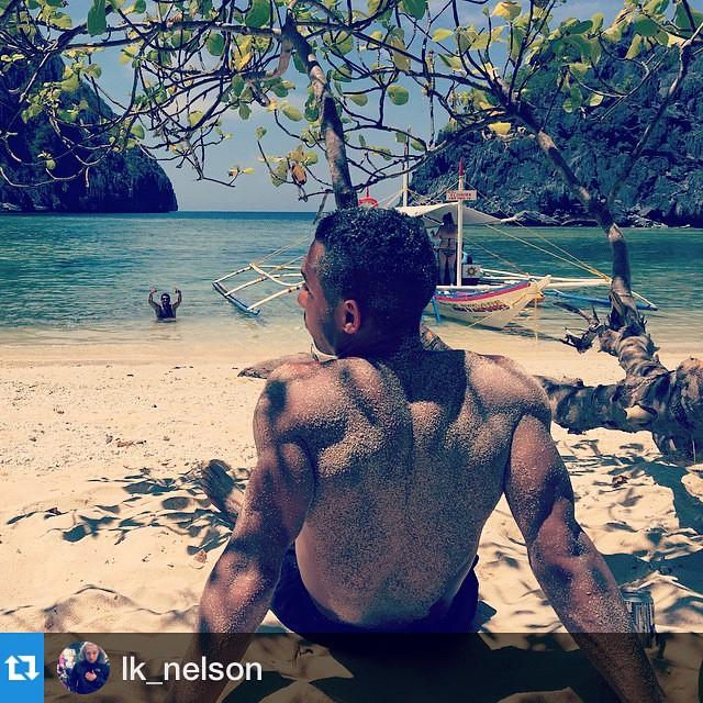 #Repost @lk_nelson with @repostapp.・・・Beach Bumming... ✌️✌️✌️ #tapiutanisland #elnido #elvibora