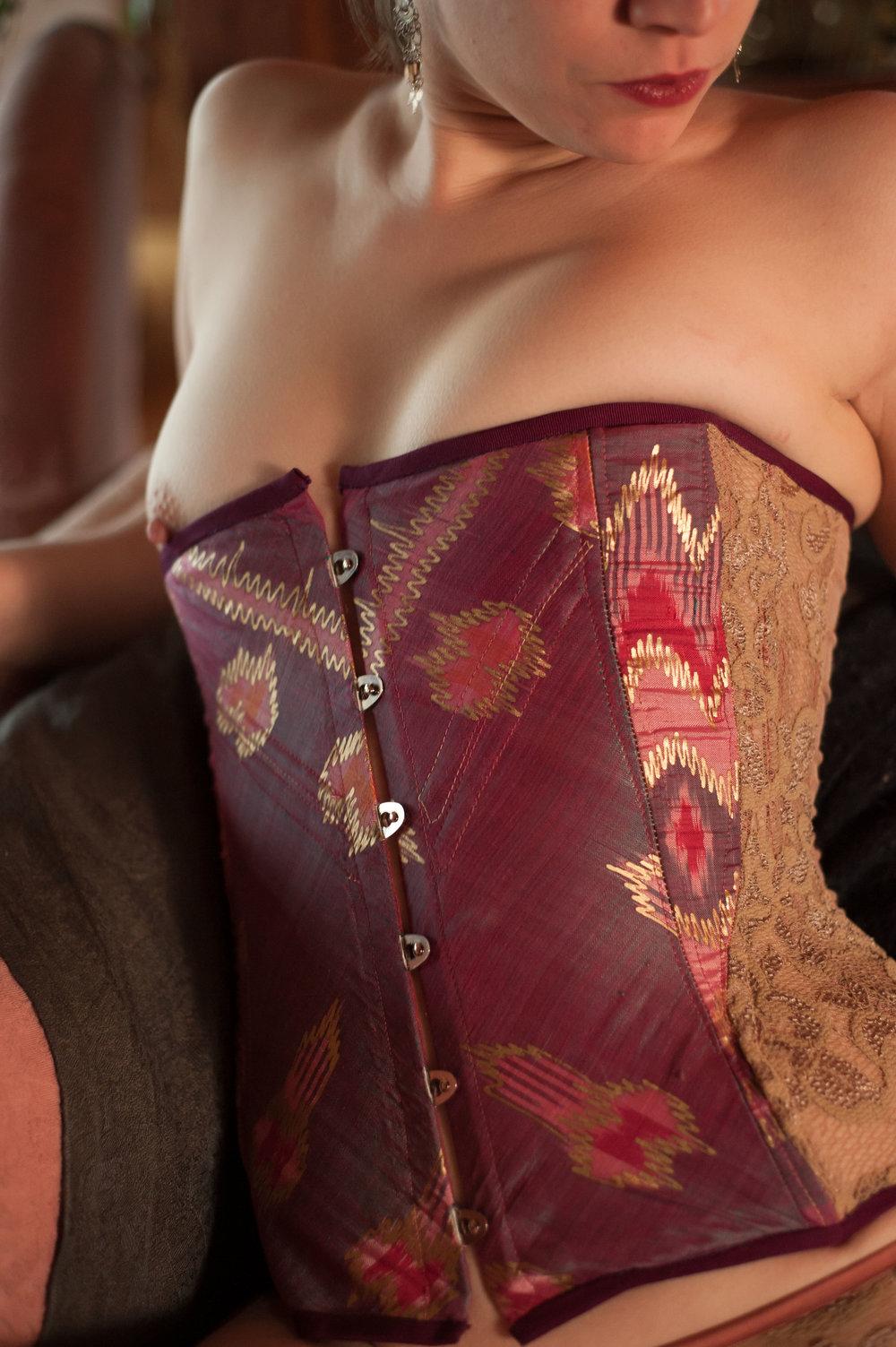 Postwar corset with nipslip.jpg