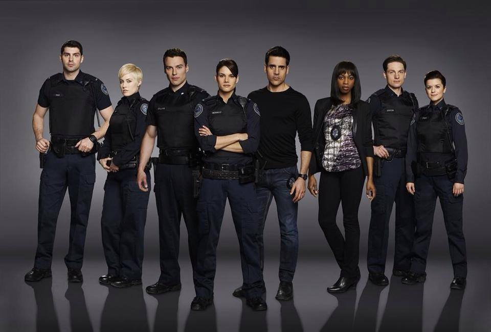 This series follows the lives of five rookie cops from fictional 15 Division who have just graduated from the academy. Training's over, life begins. They must learn not only to deal with their duties as police   officers,   but also deal with the problems and expectation of their families and friends. They are first responders and they are about to learn that no amount of training prepares you for real life situations.