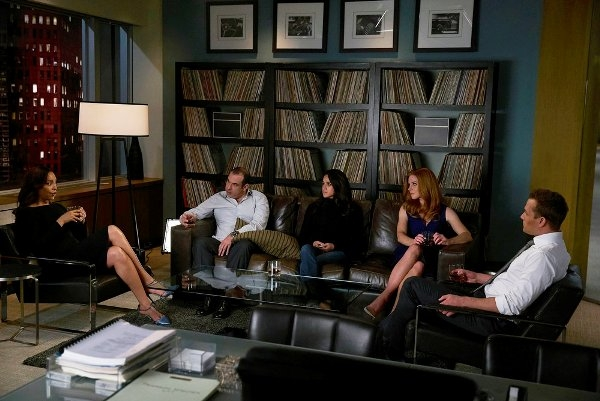 Jessica, Louis, Rachel, Donna and Harvey
