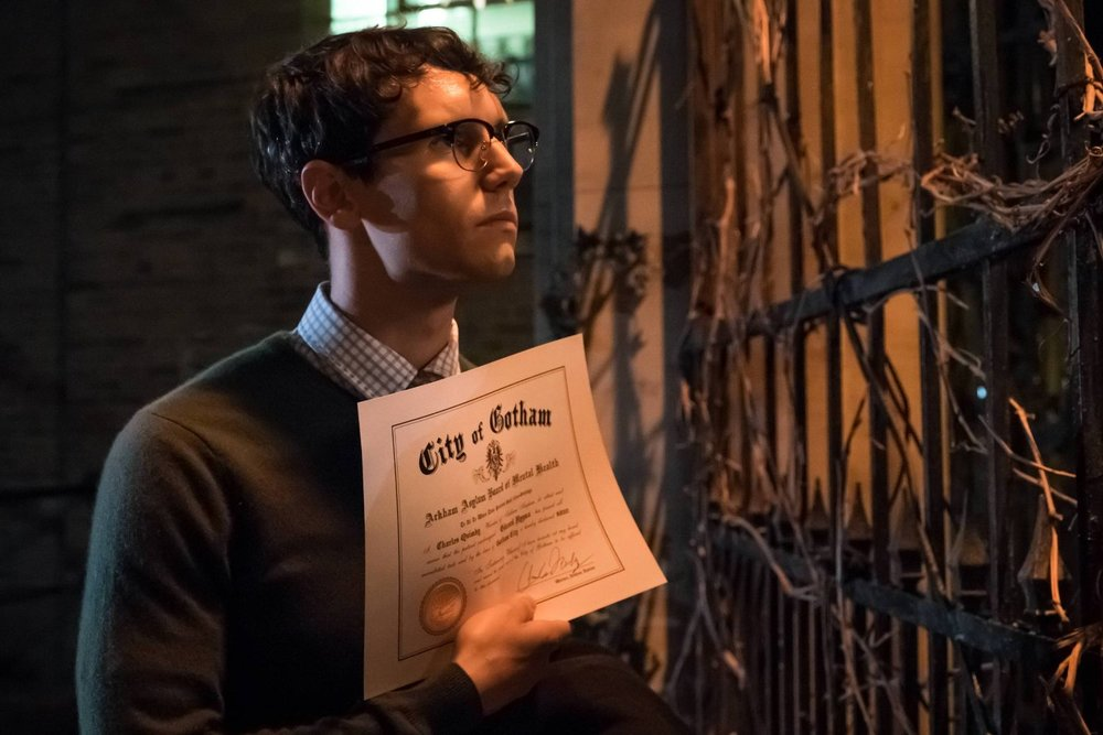 Edward Nygma is declared sane and released from Arkham Asylum.