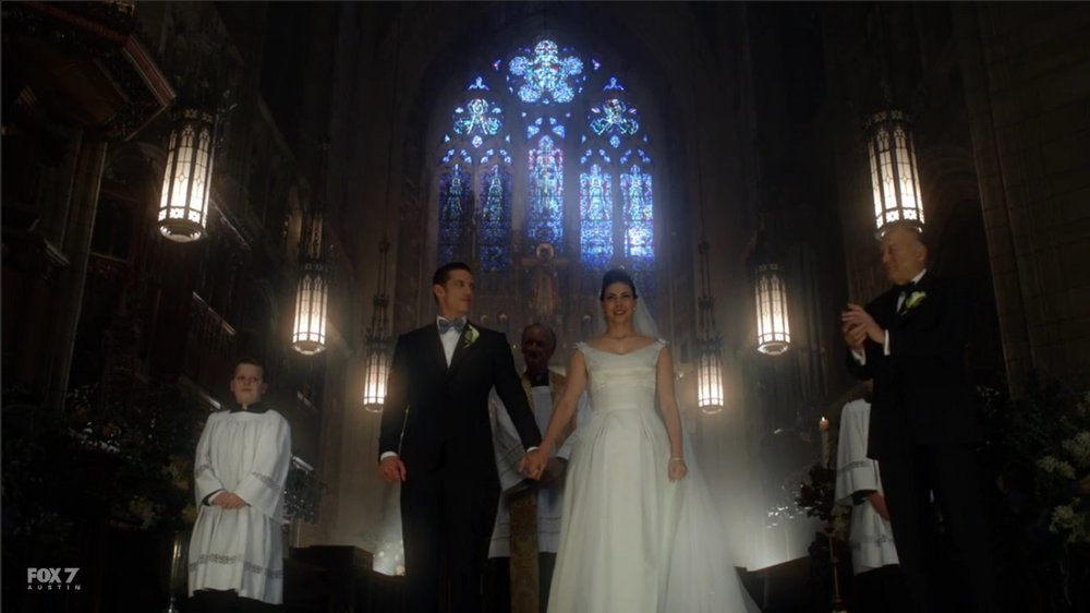 gotham-s3-ep11-man-and-wife.jpg