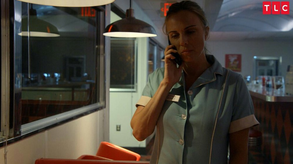 Bonnie is at the diner, on the phone with Brody.