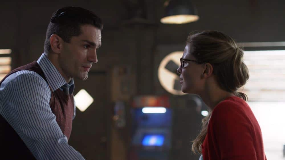 SUPERGIRL-Season-4-Episode-3-Man-Of-Steel-13.jpg