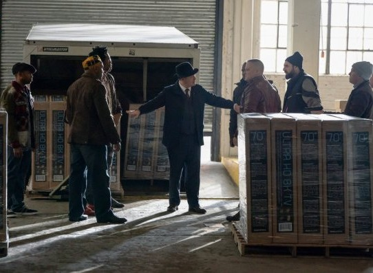 NUP_186093_0029_595_Spoiler TV Transparent.jpg