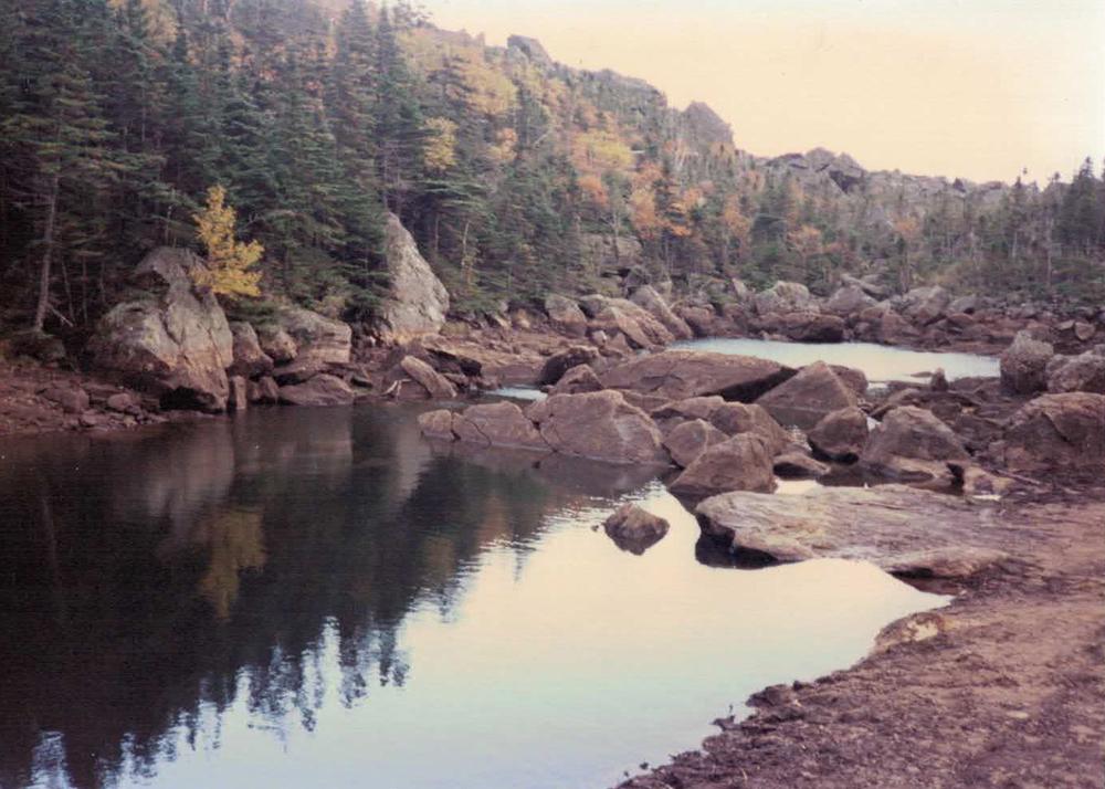 Carter notch hut lake