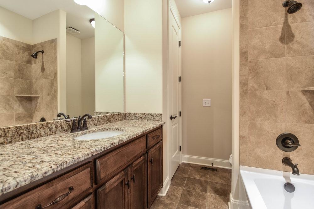 28. Bathroom 1.jpg