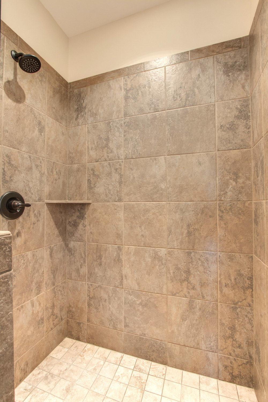 Windsor.16.Mas.Bath.Shower.jpg