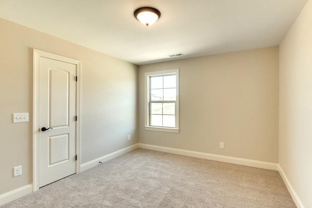 Windsor.17.Bedroom.jpg