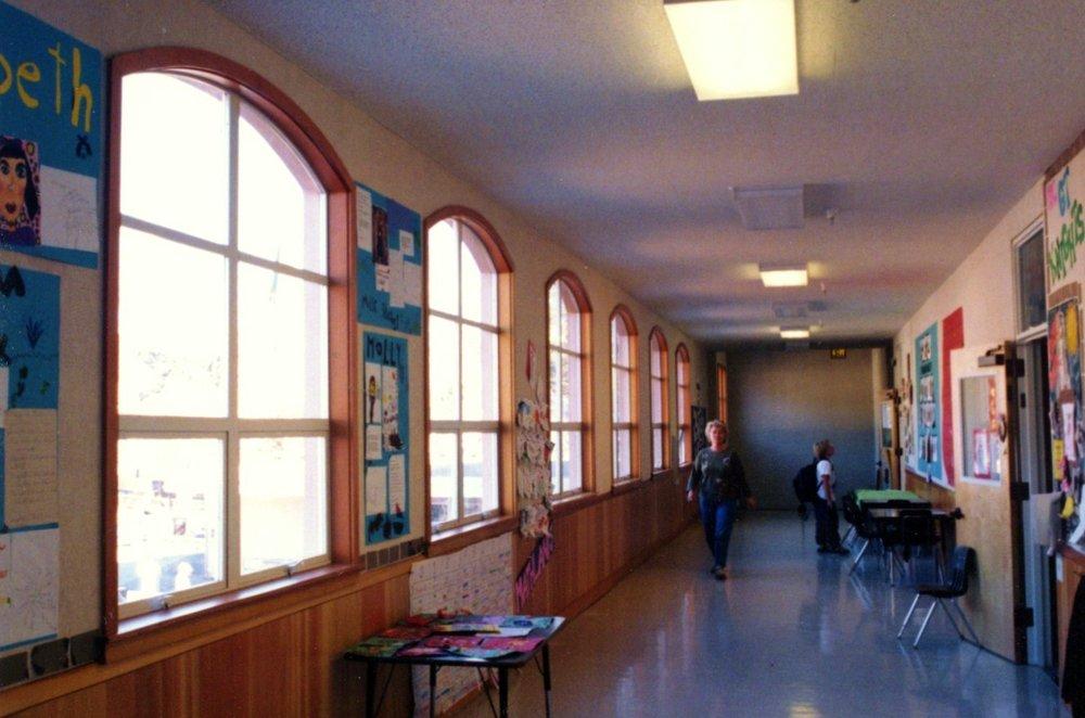 Oldmill_Interior_hallway_02.jpg