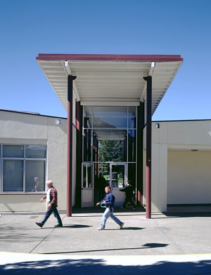 El_Molino_Exterior_Entrance_4.jpg