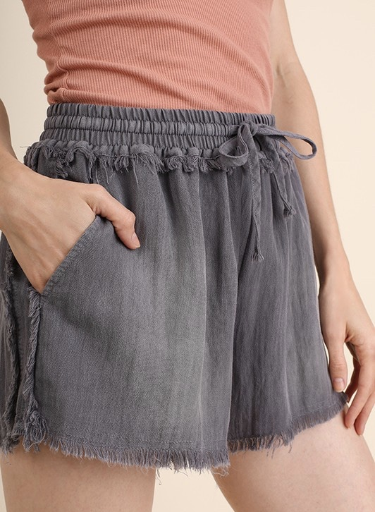 Raw and frayed edge shorts