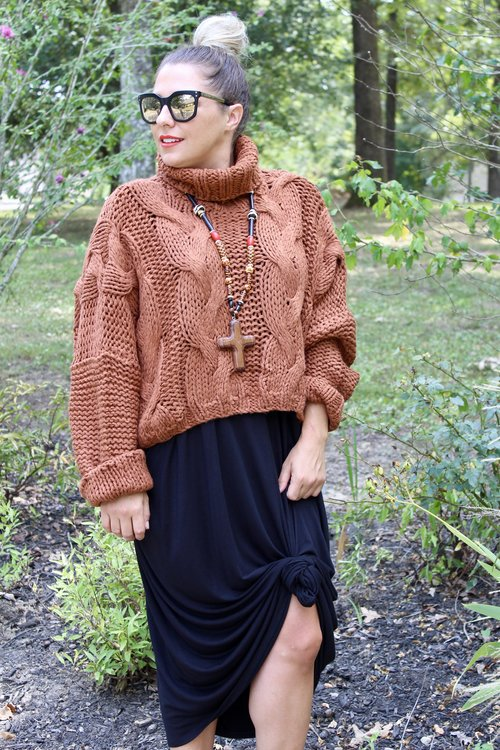 Rust Cropped Cable Knit Sweater  is awesome paired over our basic Yana K Tara dress or over our Two Tone Jeans.  CAN'T YOU SEE THIS GOING TO YOUR NEIGHBORHOOD HOLIDAY PARTY?