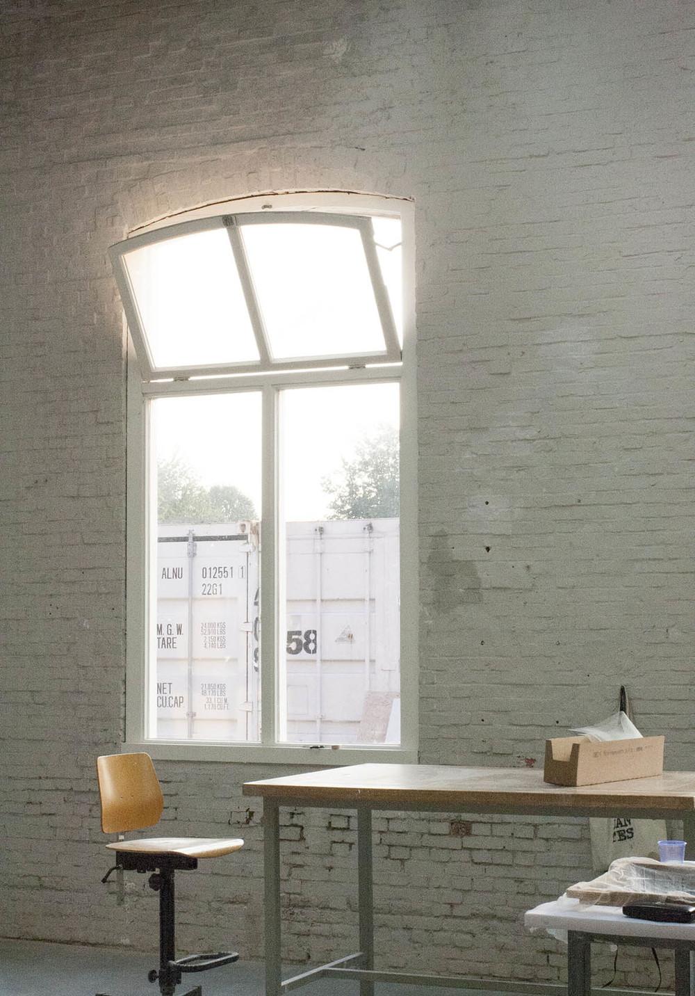 EKWC está ubicado en un edificio que fué una antigua curtimbre,Leerfabriek. Ésta es una vista de mi estudio hasta noviembre.