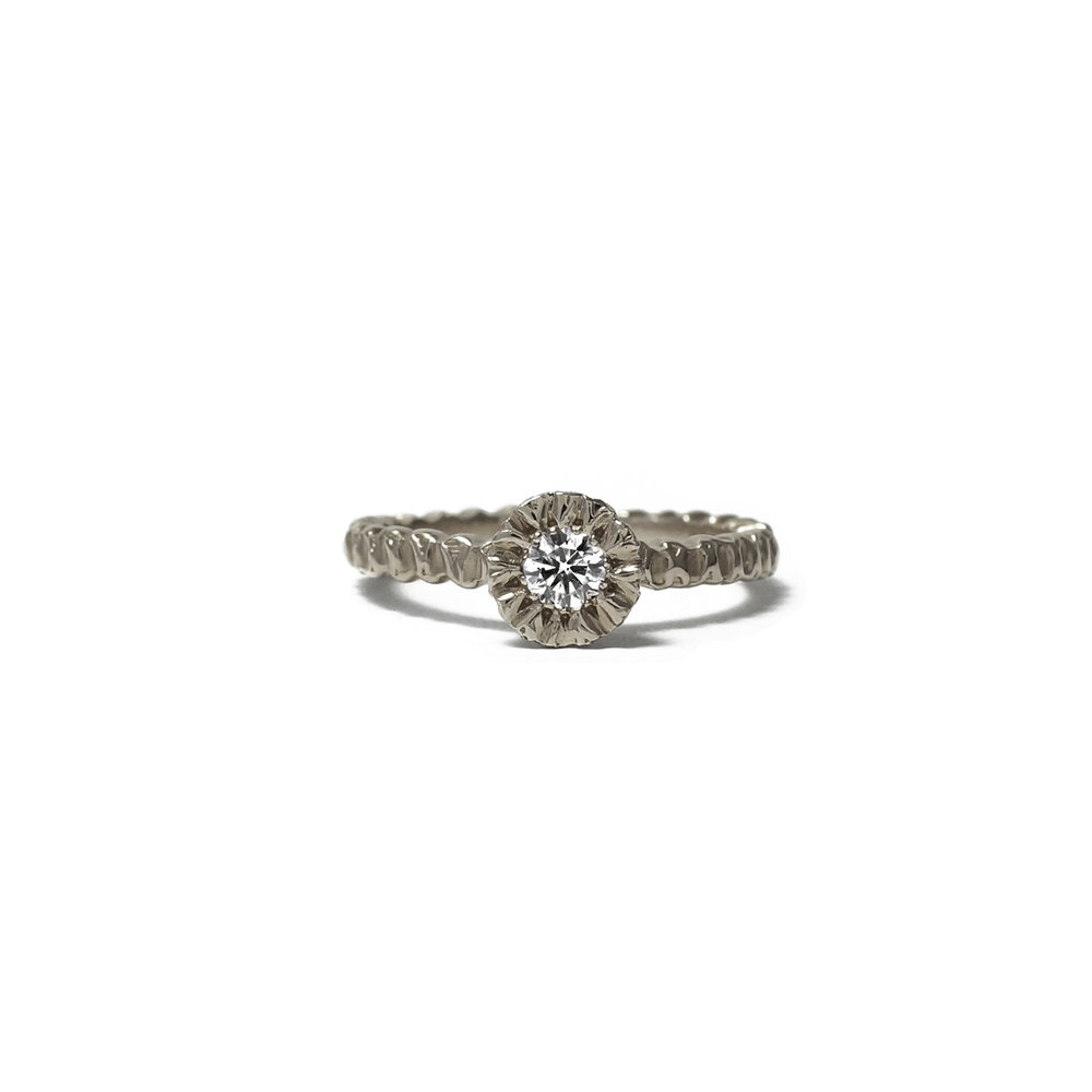 Solitaire-18ct-White-White-Diamond.jpg