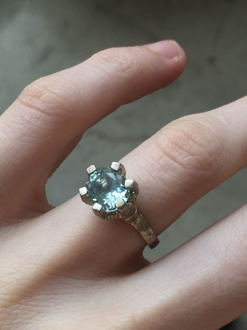 Aquamarine-18ct-White43jpg