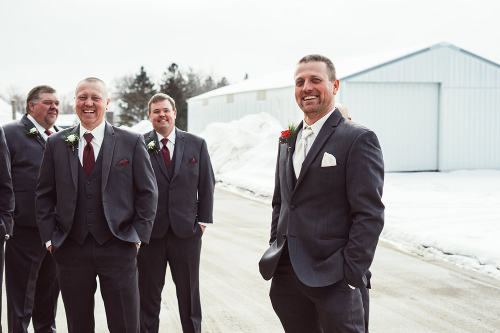 winter-wisconsin-wedding-westby-alyssa-smolen-photography (3).jpg