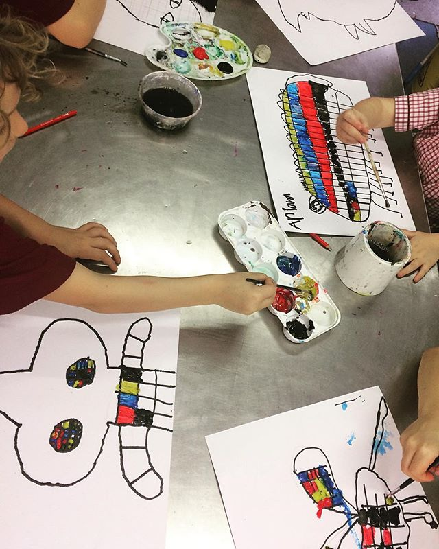 Mondrian inspired paintings 🖌🖍 #pietmondrian #painting #drawing #colour #shapes #animals #portraits #art #artclass #kidsart #brisbane @dees_arthouse