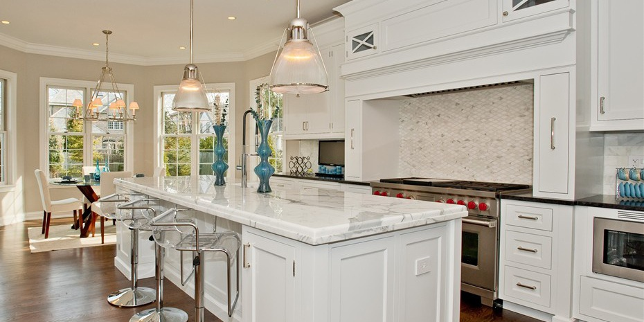 0034_kitchen Cropped Cropped.jpg