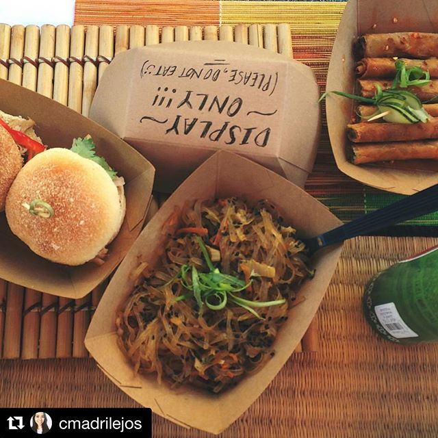 #Repost @cmadrilejos ・・・ @yocarabao is slinging adobo sliders, lumpia and pancit at the @nightmrktcle (so good people keep trying to eat our display 😆)