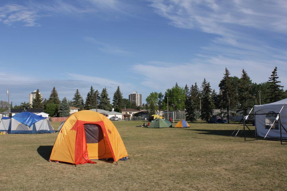 IMG_1105-tents.JPG