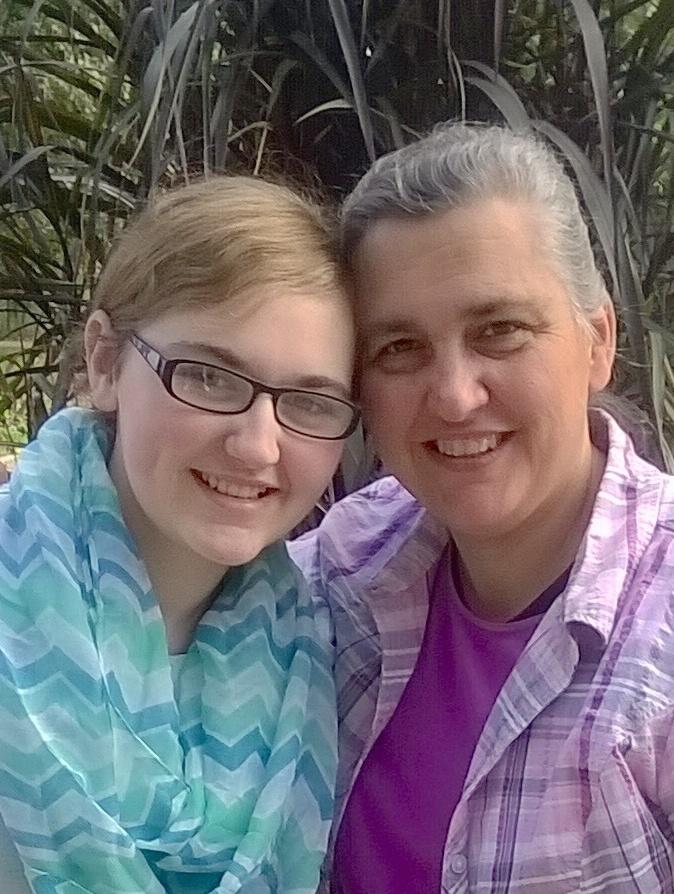 Joyce and Londa.jpg