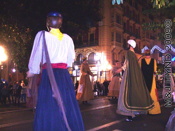 giants #2: Spain Alicante, Los Reyes Magos Three Kings' Fiesta Spanish Epiphany Christmas season, holiday street parade, dancing giants, Gigante
