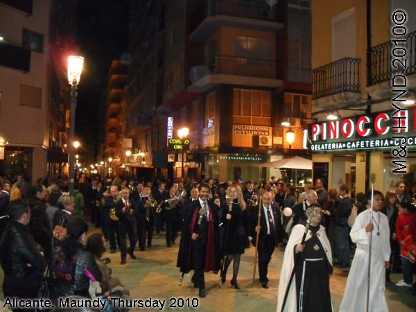 spain Alicante, Semana Santa Holy Week, Maundy Thursday city procession, notable town people, marching bands, flag-bearers