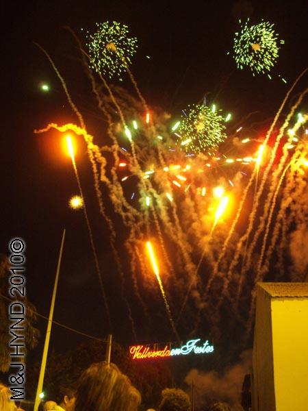 fireworks: spain valverde fiesta  La Virgen de Santa Ana, explosions, fireworks