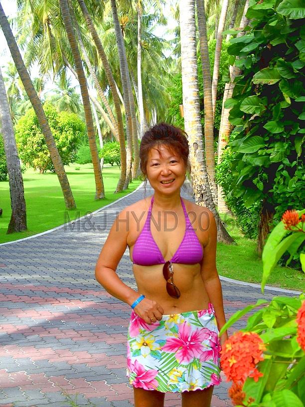 tropical lush gardens & grounds, Sun Island, Maldives