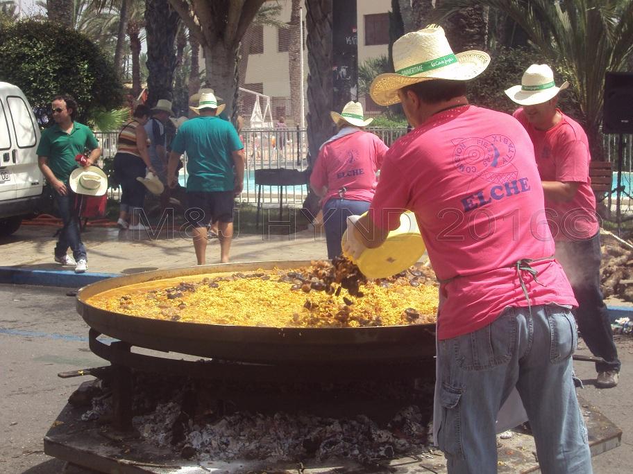 Elche Fiesta: Arroz Con Costra (Large) #4